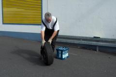 K1024_Start Reifenrollen 3