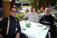 K1024_Tag1-18 Kaffeepause in St. Ullrichen vor dem Nufenenpass (CH)