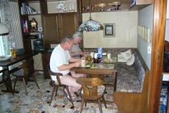 K1024_Tag2-5 Frühstück zu Hause (CH)
