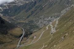 K1024_Tag3-23 Furkapass abwärts mit Blick auf Grimselpassstrasse (CH)