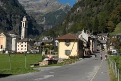 K1024_Tag4-20 Sonogno am Ende des Val Verzasca (CH)