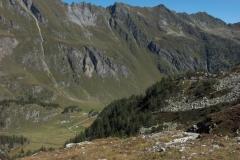 K1024_Tag4-27 Blick vom Lago di Naret auf 2280 m am Ende des Val Lavizzara (CH)