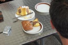 K1024_2.Mai 42-Kaffeepause in St.Oswald mit Schreinerkuchen