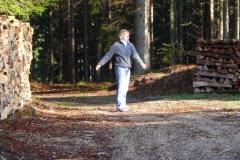 K1024_3.Mai 3-Stretching nach dem morgendlichen Jogging