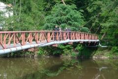 K1024_SA 39-Männer auf der Brücke