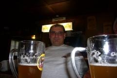 K1024_025-Elmar und das Bier